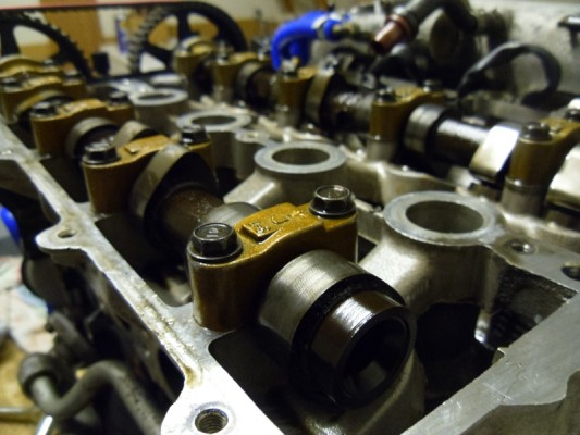 Cylinder Head and Camshafts